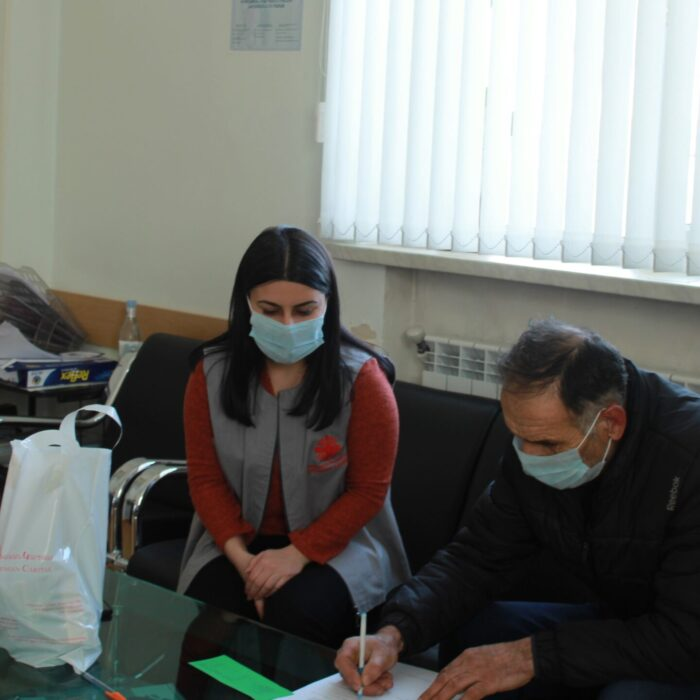 Caritas Armenia supports people fleeing conflict